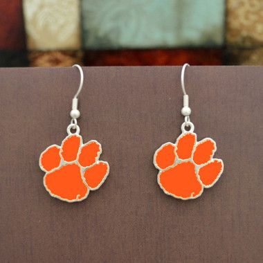Finely crafted, these beautiful tiger paw earrings will make a great addition to any Clemson fan's jewelry collection. Buy for yourself or as a great gift for family and friends! These wonderful earri