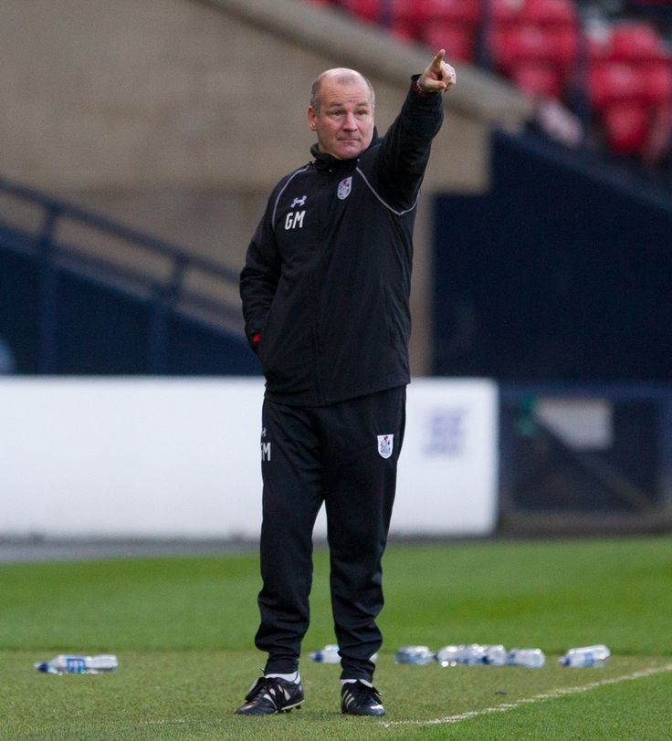 Queen's Park's coach Gus MacPherson in action during the Ladbrokes League One game between Queen's Park and Peterhead