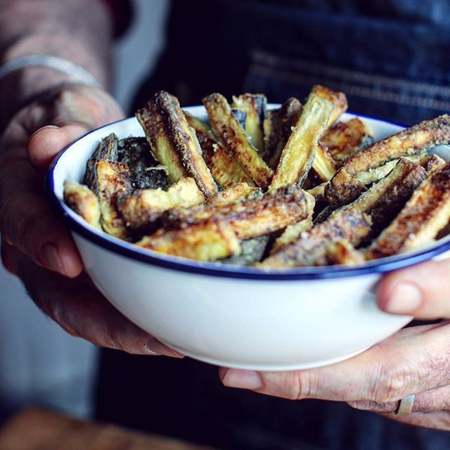 Oven Baked Zucchini Fries are Soooo Good! Have you tried them? http ...