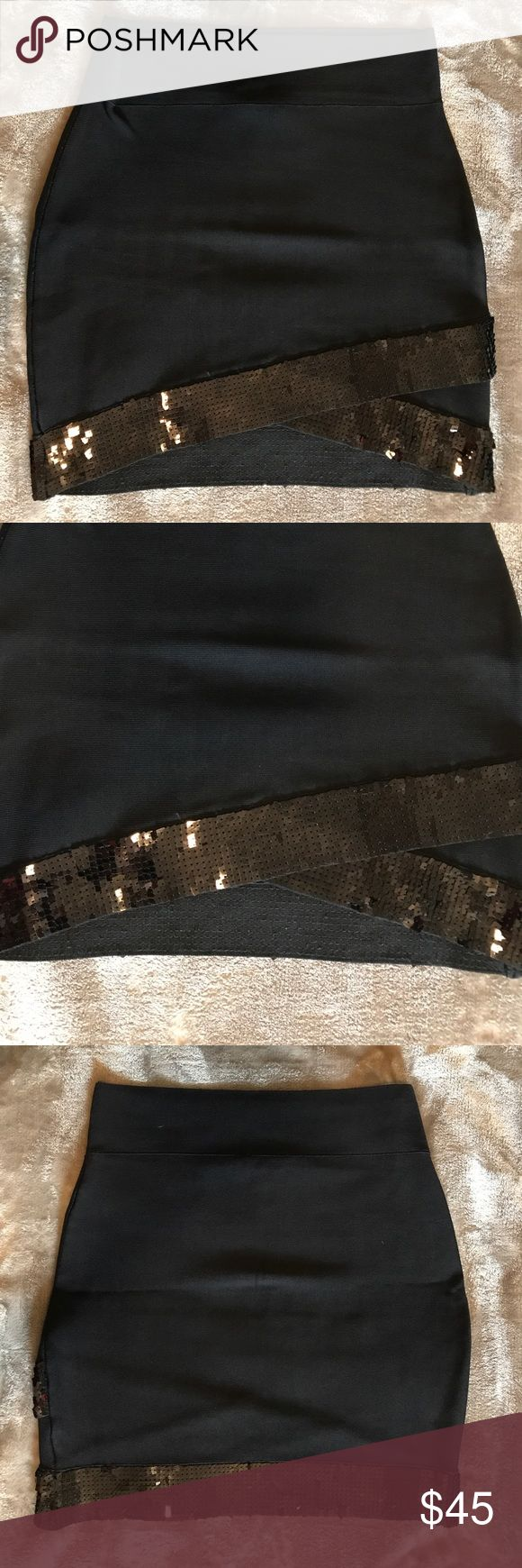 "BCBGMAXAZRIA bandage body con power skirt sequin Super stretchy. Total length 18"". Waist 14"" across laying flat. Smoke free home. BCBGMaxAzria Skirts Mini"
