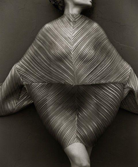 """AuditoriumExpo, Roma – fino al 30 marzo 2014. Herb Ritts artista fotografo """"in piena luce"""". Le immagini dello star system hollywoodiano e gl..."""