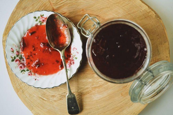 A Bookish Baker - Easy Plum Jam Recipe - A Bookish Baker