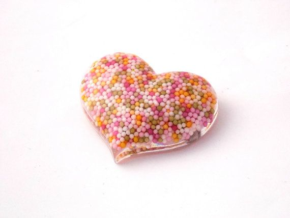 Large Resin Sprinkles Heart Brooch by LilRedsBoutique on Etsy, €12.00