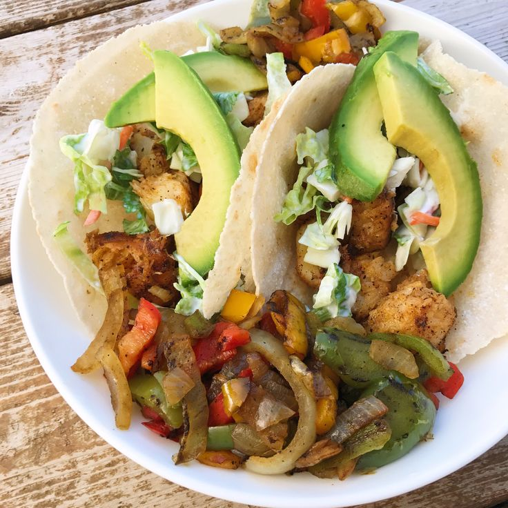 Let's give them something to taco-bout. Y'all knew a taco pun was coming. Don't lie. Anyway, make these. They take five minutes and are delicious.