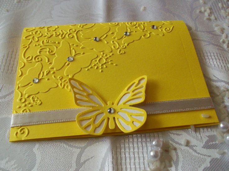 Partecipazione gialla,con farfalle e strass,colore personalizzabile