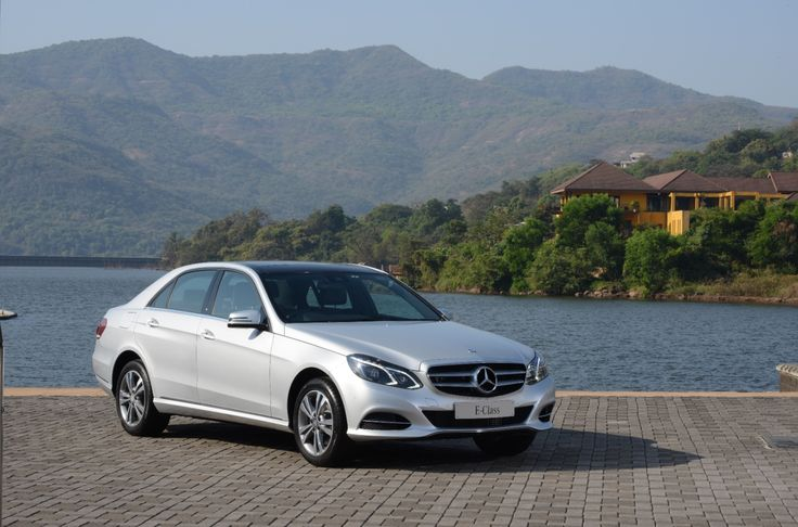 Mercedes-Benz India launches MY 16 E-Class which has more gadgets  (4)