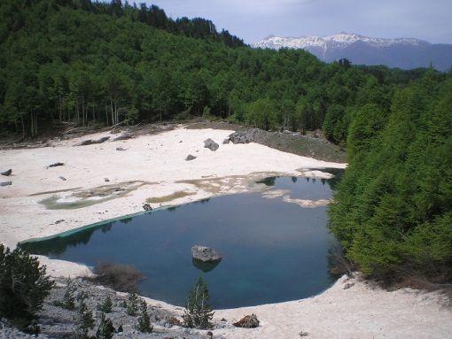 VISIT GREECE  Lakkou or Arvanita Dragon Lakes