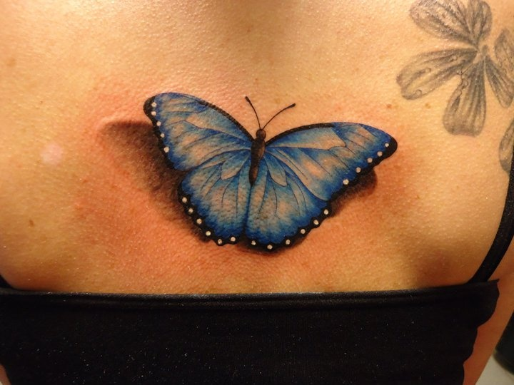 Butterfly tattoo that looks so REAL!  That is awesome!