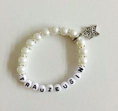 Personalisiertes Armband Trauzeugin, auch gerne mit Name, Gastgeschenk, Geschenk zur Hochzeit, Geburtstag, Perlen (weiß) Buntermix http://www.amazon.de/dp/B01AMJEF5Y/ref=cm_sw_r_pi_dp_Oy.cxb04KE2F3