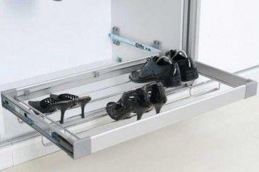 Uittrekbare Schoenenrek. Breedte 550-880 mm - Kledingkast Inrichting - Kastinrichting - Meubelbeslag Meubelbeslagshop.nl