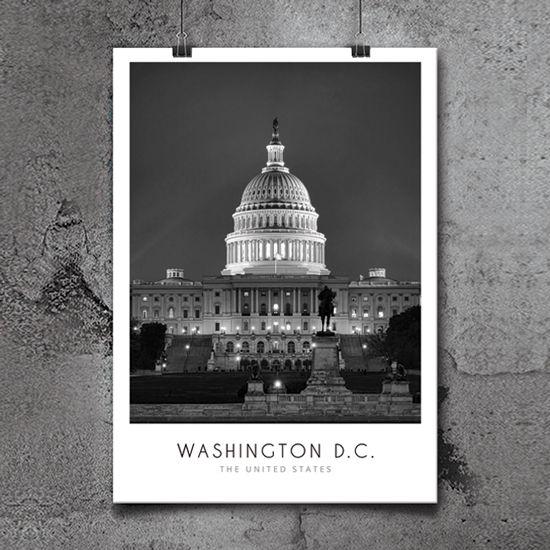 Φωτογραφία του θόλου του καπιτωλίου στην Ουάσινγκτον σε υπέροχη νυχτερινή λήψη, ενταγμένη σε σύνθεση με μοντέρνα γραμματοσειρά σε poster. #cityposter #mapposter #Washingtoncity #πόλητουΟυάσινγκτον