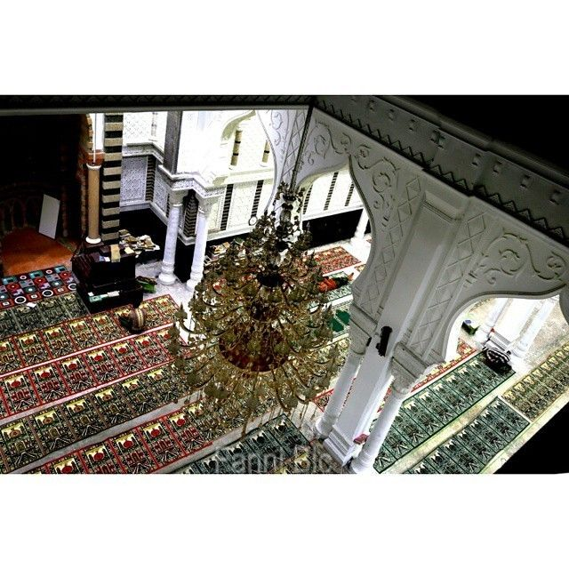 #wisatareligi  regram @fanniblc Suasana di mesjid dayah Babussalam blang bladeh.  bireuen.  #islamic #architecture #tengokaceh #landscape #nature #claudy #fullcolor #earth #canon6d #canon #mosque #aceh #discoveraceh #wisataaceh #indonesia_paradise #indonesianrepost #indonesia_photography #indonesiajuara #telkomsel_merahputih #telkomselmerahputih