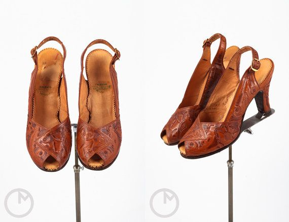1940s shoes/ 40s tooled leather heels/ peep toes