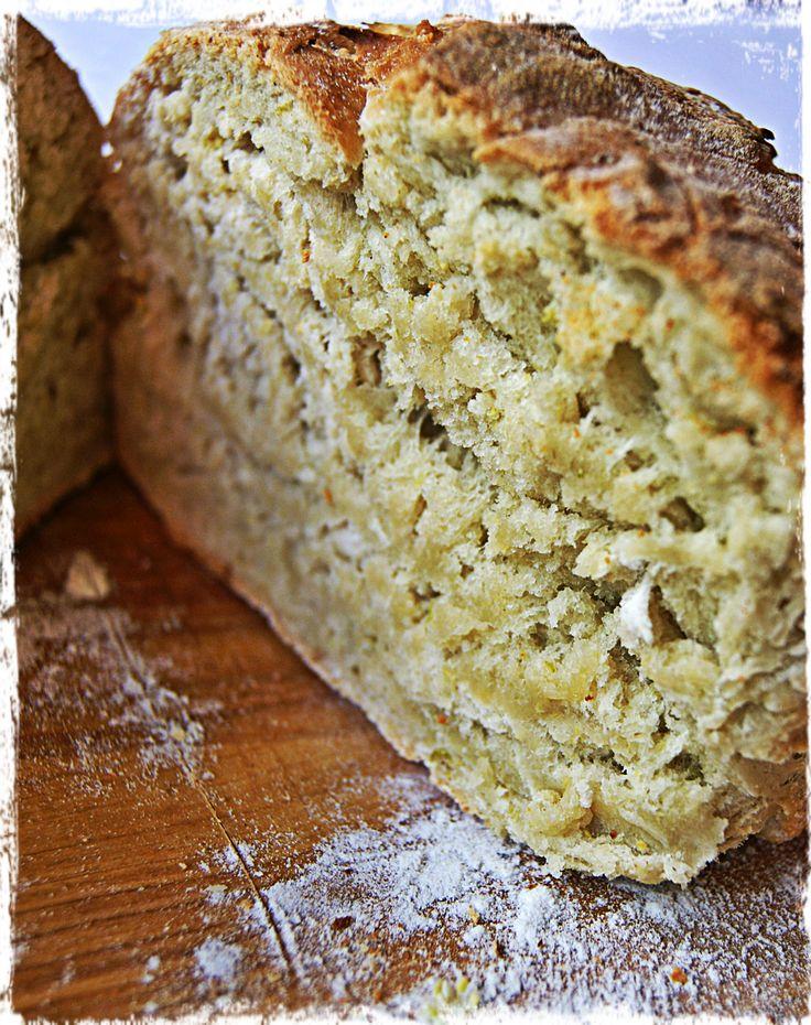"Homemade ""bread of May"""