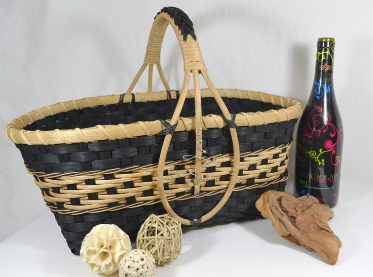 Digital download, basket weaving pattern for contemporary market basket with handle detail by Bright Expectations. Tutorial has detailed instruction and photos.