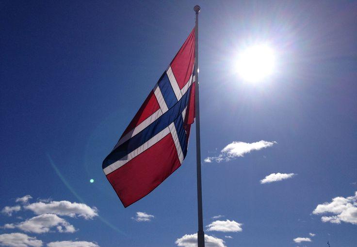 På første mai i Kongsberg Pris 90 NOK