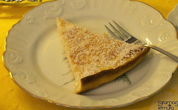 Tarte de Coco e Lima - http://www.sobremesasdeportugal.pt/tarte-de-coco-e-lima/