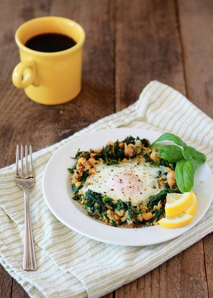 Breakfast for one: Lemony egg in a spinach-chickpea nest | Kitchen Treaty