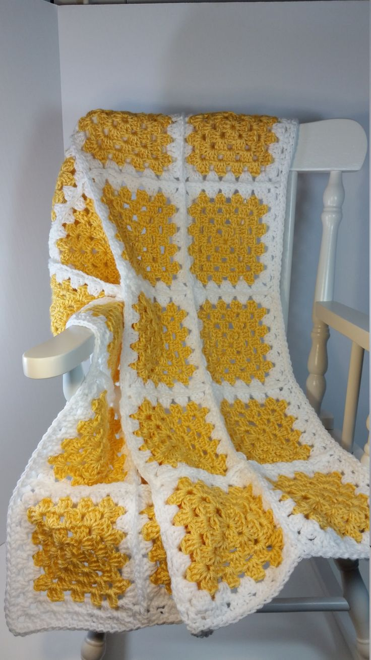 Crochet Baby Blanket Yellow White Granny Square Stroller Size Car Seat Cover…