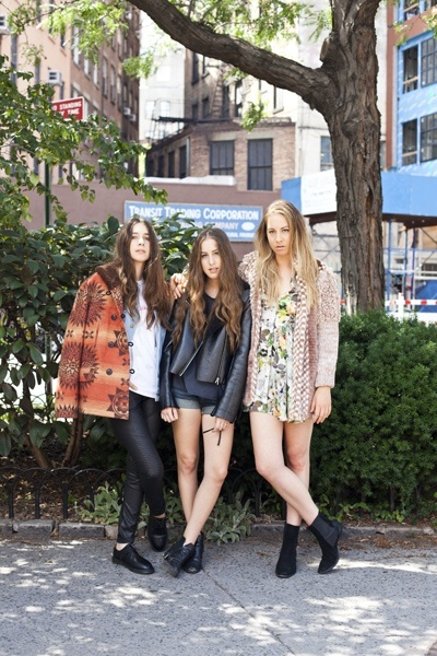 1000 Ideas About Haim Style On Pinterest Glastonbury 2014 Stevie Nicks Costume And Girl Bands