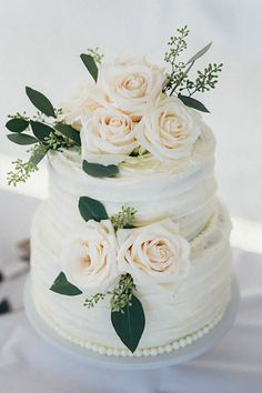 24 Spectacular Buttercream Wedding Cakes ❤ See more: http://www.weddingforward.com/buttercream-wedding-cakes/ #weddings #cake