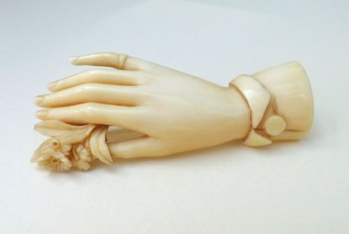 Antique Beautifully Hand Carved Cameo Hand Shaped Brooch, 2 1/4 inches x 1 inch, £280.00