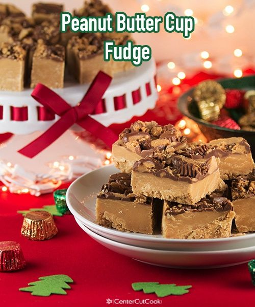 Reese's Peanut Butter Cup Fudge! The only recipe you'll need this season! #baking #christmas #fudge