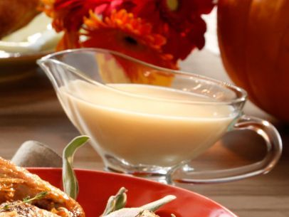 Get this all-star, easy-to-follow Valerie's Gravy for Fried Turkey recipe from Valerie Bertinelli