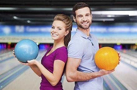 Vineri seară adunăm gaşca veselă pentru prima ediţie de Bowling Night din această toamnă!  Doritorii sunt rugaţi să se înscrie la eveniment pe site: www.singlebell.net | link in bio