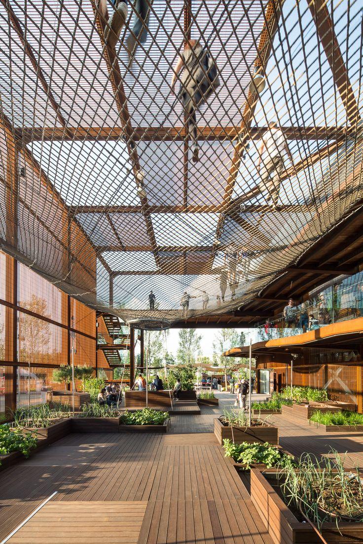Expo Milão 2015: Pavilhão do Brasil / Studio Arthur Casas + Atelier Marko Brajovic | Pavilion | Metal Structure | Corten Steel | Textil Cover | Wood Floor |