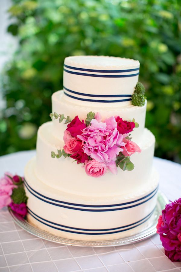 fabulous preppy #wedding #cake!
