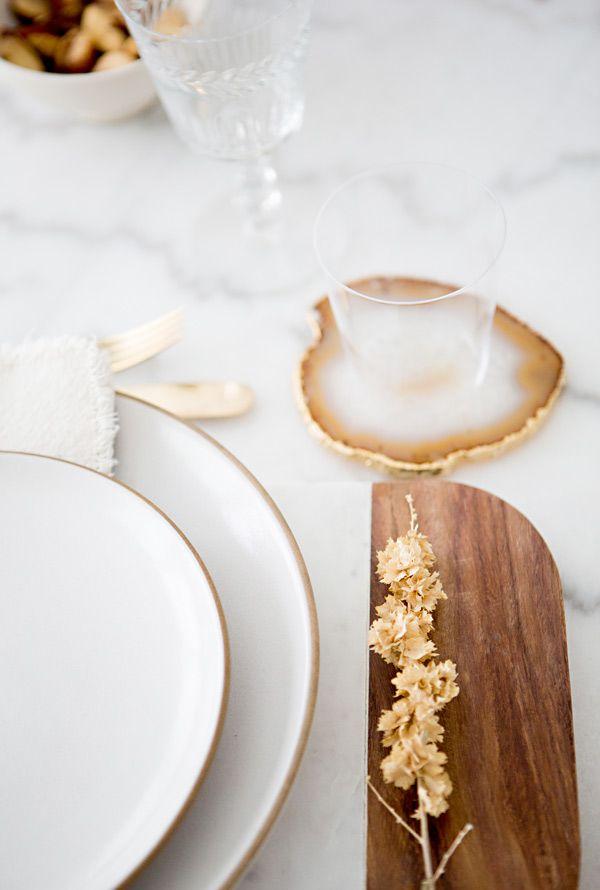fresh + organic setting // #white #tabletop