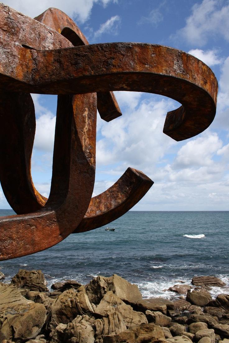 El Peine de los Vientos..... Donostia
