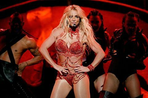 Happy 35 th birthday Britney Spears !! I hope you have the   best day !! ^_^