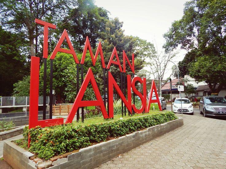 Taman Lansia taken at Cisangkuy's streets,Citarum,Bandung,West Java