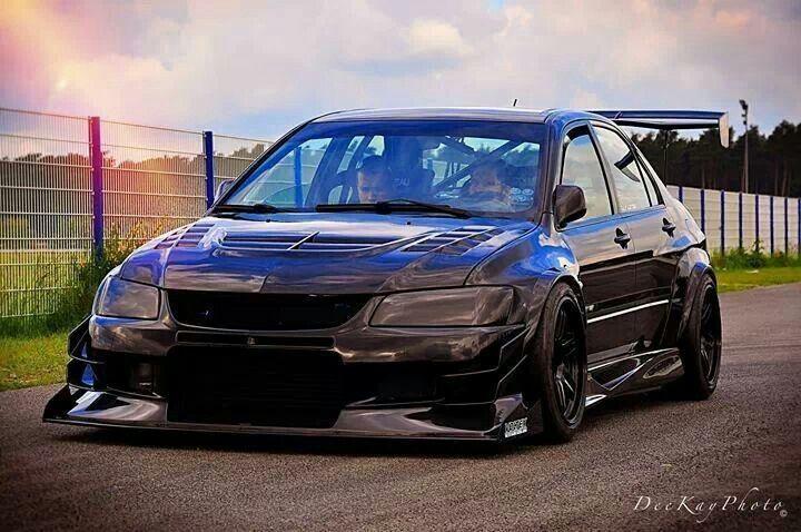Car Mitsubishi 90s Sports