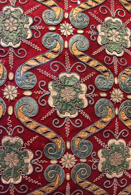 Appliqué hanging with rose pattern, England, possibly Southern Delabere (Gloucestershire), 1580-90