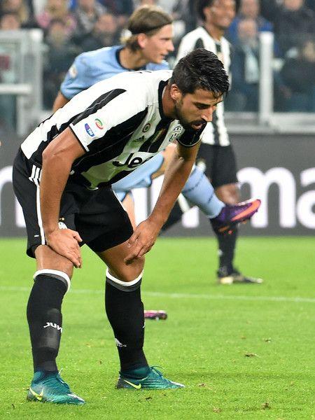 Sami Khedira of Juventus looks disappointment during the Serie A match between Juventus FC and UC Sampdoria at Juventus Stadium on October 26, 2016 in Turin, Italy.