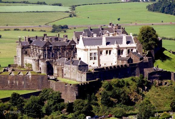 Замок Стерлинг – #Великобритания #Шотландия (#GB_SCT) Замок Стерлинг - один из крупнейших и важнейших замков Шотландии, как с исторической, так и с архитектурной точки зрения. http://ru.esosedi.org/GB/SCT/1000112757/zamok_sterling/