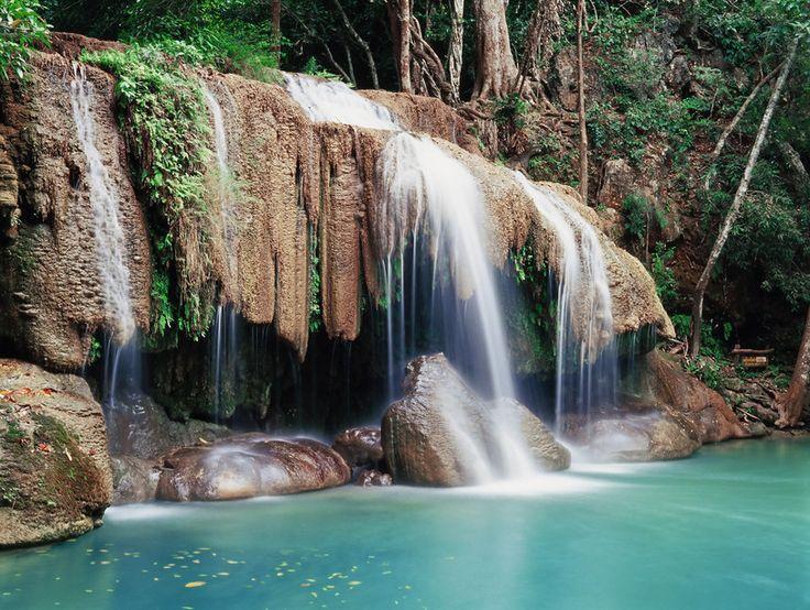 Erawan Wasserfall, 70 km von  Kanchanburi im Nationalpark