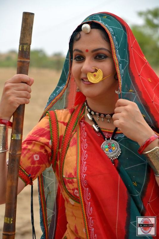 Gracy Singh debuted with Bollywood's biggest blockbuster – Lagaan. And now Gracy is again set to portray a village belle in an upcoming movie Saako 363, Amrita Ki Khejadi. : http://sholoanabangaliana.in/gracy-singh-will-enact-the-challenging-role-of-amrita-devi/