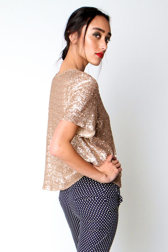 PATI TEE | Amber Whitecliffe Gold sequin t shirt