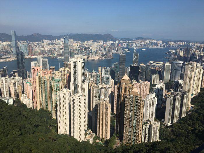 Travel Contests: December 28, 2016 - Hong Kong, England, Fiji & more - Everybody Hates A Tourist