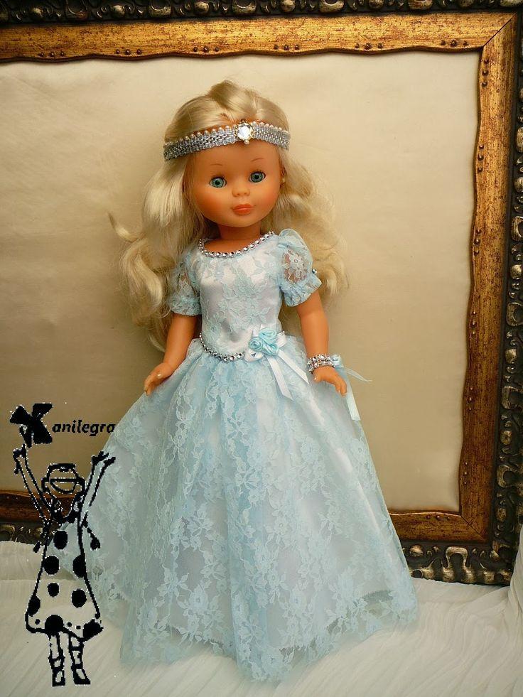 Mis muñecas vestidas de princesas y por fin fotografiadas !!   llevan meses dándo vueltas las pobres por el taller de mesa, en mesa estorba...