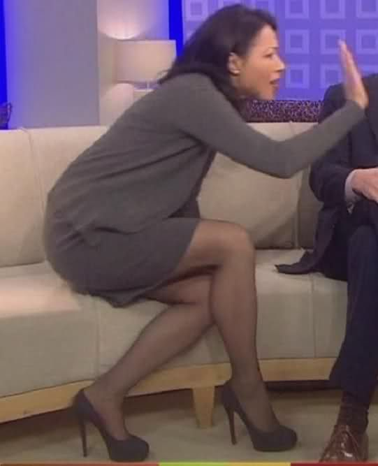 free anne curry upskirt clip