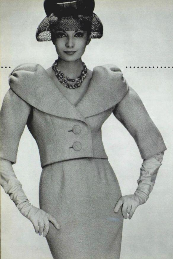1959 Pierre Cardin.  1950s fashion images.