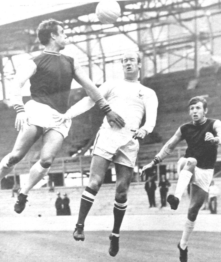 West Ham 3 Nottm Forest 0 in April 1968 at Upton Park. Geoff Hurst, Terry Hennessey and Martin Peters go up for the ball #Div1