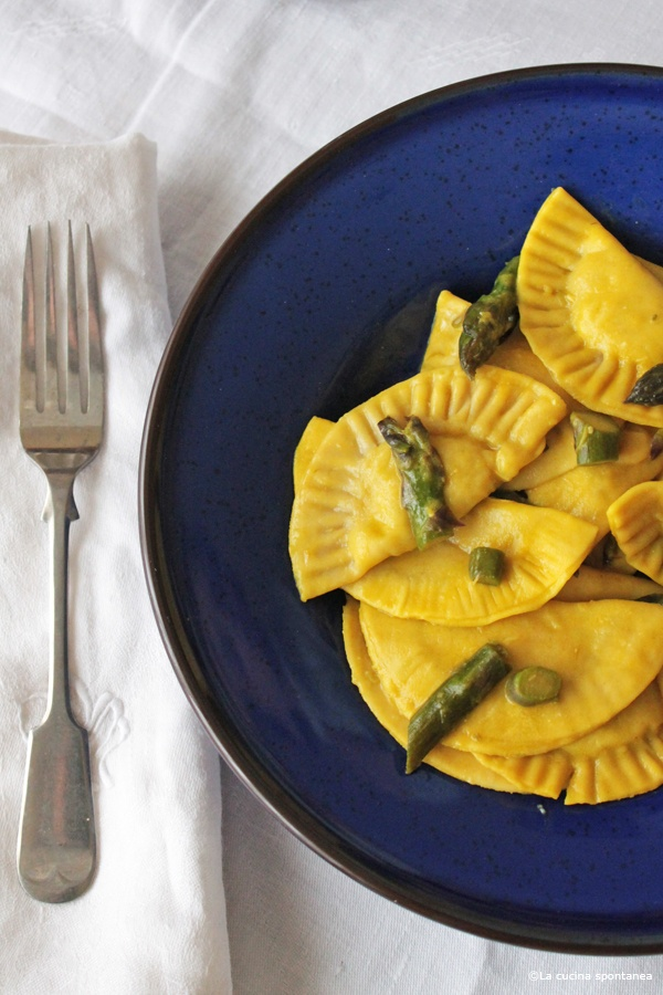 stuffed pasta with asparagus and saffron