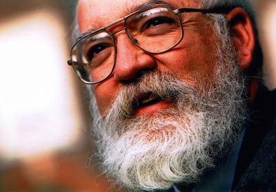 Πόσοι πιστεύουν πραγματικά ότι τους βλέπει ο θεός; Μια αφοπλιστική απάντηση από τον Daniel Dennett. http://climatic-inactivity.blogspot.com/2012/03/daniel-dennett-special.html