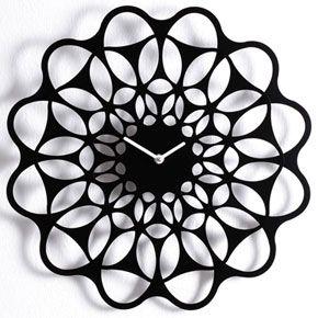 diamantini-black-and-black-clock